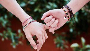 Les bijoux réalisés à la main, pourquoi les choisir ?